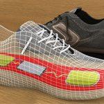 Tênis transforma energia dos passos em eletricidade suficiente para carregar um celular