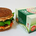 Primeiro Fast Food Vegano do Brasil faz aniversário e quem ganha é você!